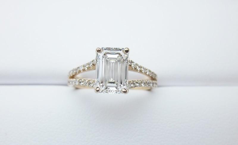 f2ff77824923 1.40 CT Rose Gold Emerald Cut Split Shank Diamond Engagement Ring ...